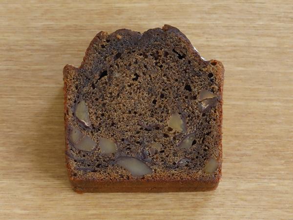 珈琲と渋皮付<br>甘煮栗のケーキ<br><br>1スライス¥350